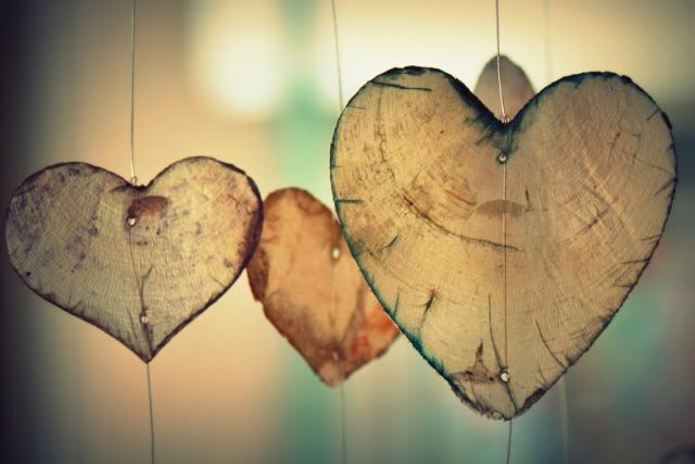 canva-heart,-love,-romance,-valentine,-romantic,-harmony-MACVcqFwV1E